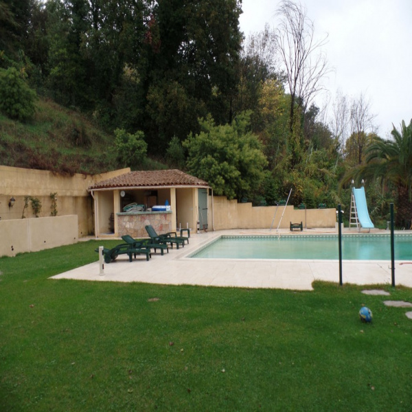Offres de vente Villa  06570